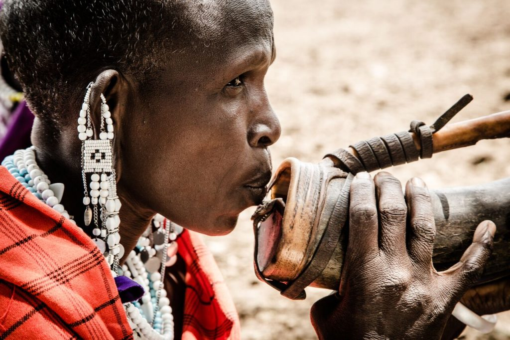 African traditions maasai spitting
