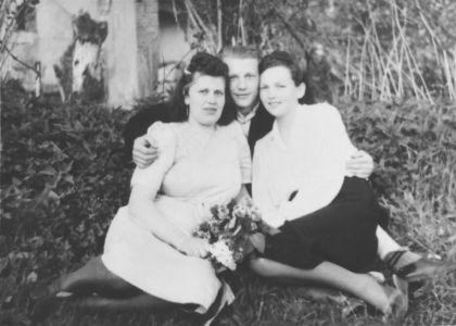 Pani J.Próchińska wraz z K.Wróbel. Źródło: T. Centkowska