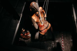enrica-coltello-bdsm-bar-suspension-ibiza-web-51