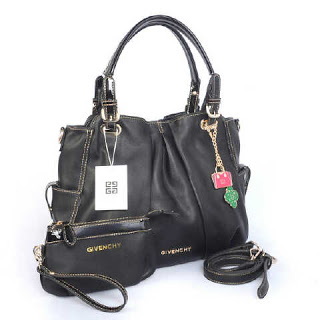 givenchy-5276-super-335rb-35x13x30-black