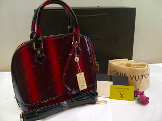 lv-alma-super-30x24x15-bahan-glossy-red-300rb