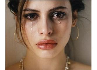 Mutsuzluk zincirine kilitlenmiş insanlar…