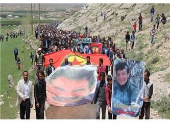 Devlet PKK leşlerinin cenazelerinde gövde gösterisi yapılmasına nasıl izin veriyor?