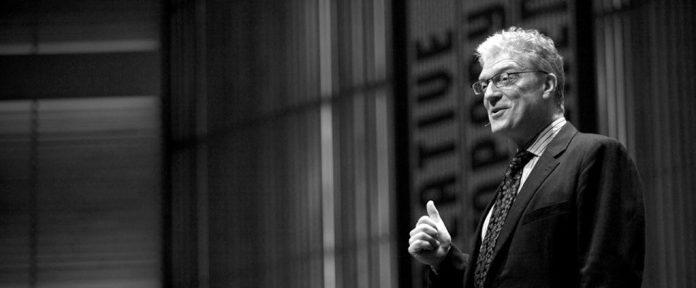 Escritor Ken Robinson