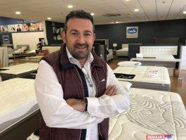 Toni Molina, gerente de tiendas Bed's