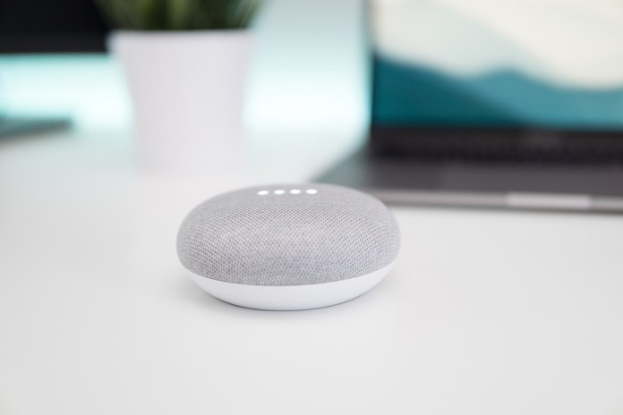 Smart home con asistente virtual