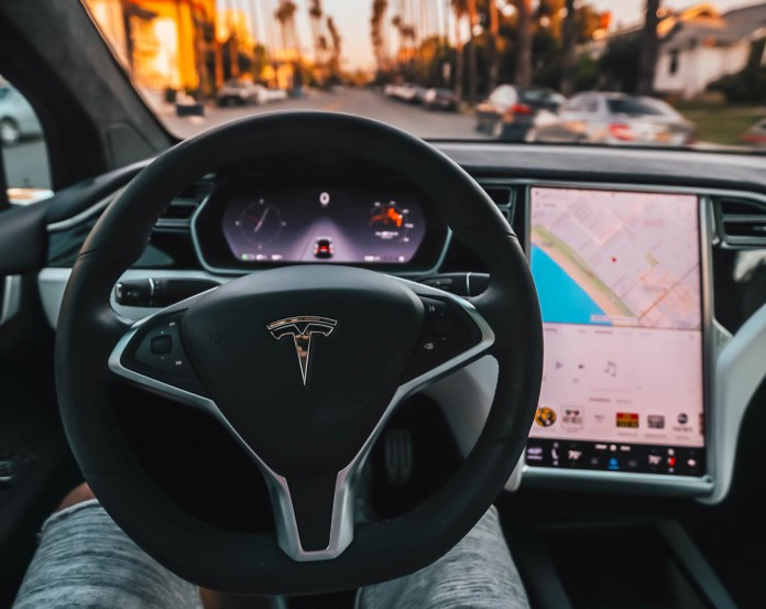 Taxis autónomos de Tesla