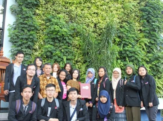 Mengapa harus memilih STIE IBMT Surabaya