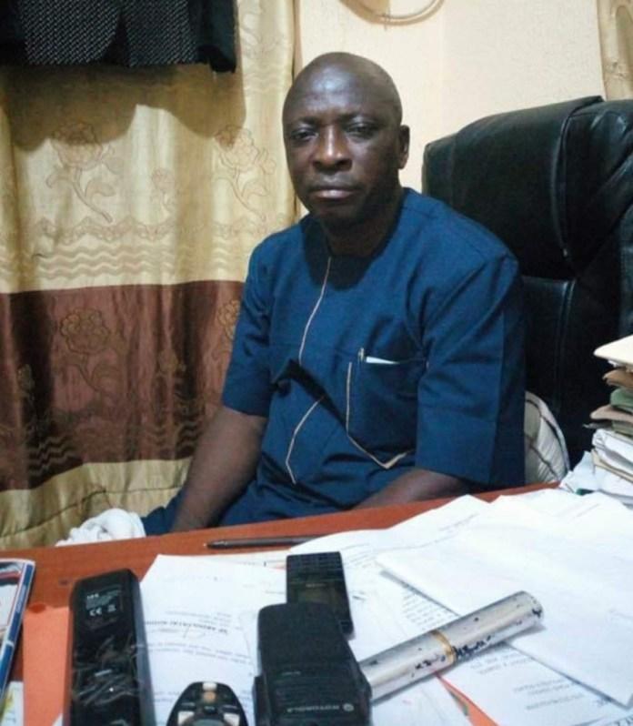 SARS operative slumps, die in his office
