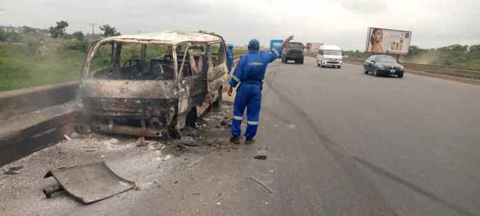 One burnt to death, others injured as fire guts bus on Lagos/Ibadan Expressway