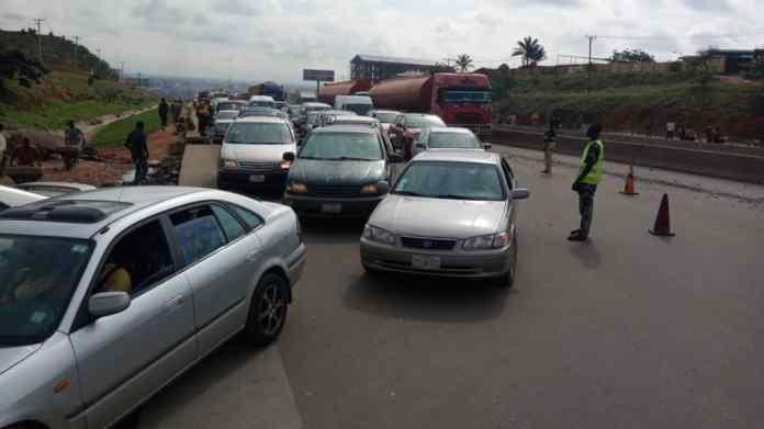 Gridlock: Truck hits, pull down bill board along Lagos/Ibadan expressway