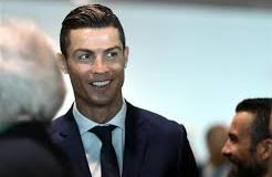 Cristiano Ronaldo breaks another record, earns Crypto