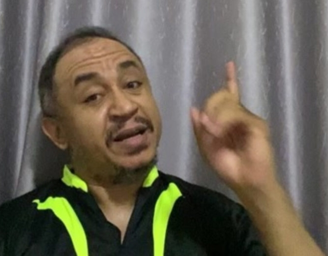 'Start Saving Up Your Tithes To Fund Your Plan B'- Daddy Freeze Advise Nigerians