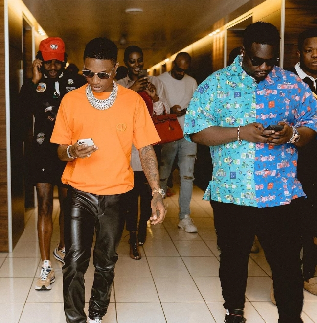 See Photos Of How Wizkid Spent M3.6M On Drinks At A Party