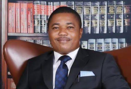 ICYMI: Soldier, Police, DSS Invade Home Of IPOB Leader, Nnamdi Kanu's Lawyer