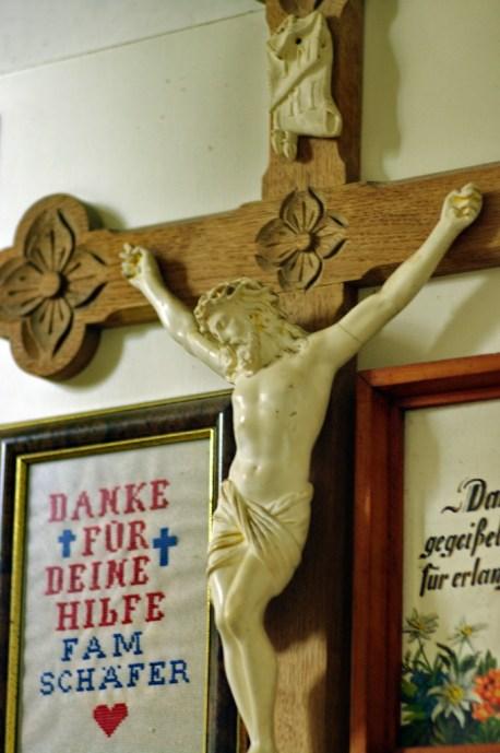 13 Kruzifix