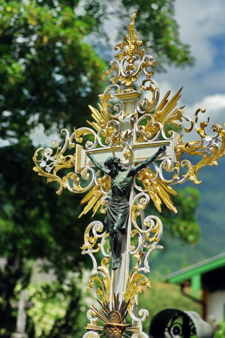 18 Kruzifix