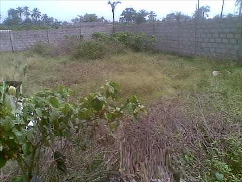 FENCED &GATED BARELAND OF 2340 SQUARE METRES FOR SALE AT  OLD IKOYI, IKOYI
