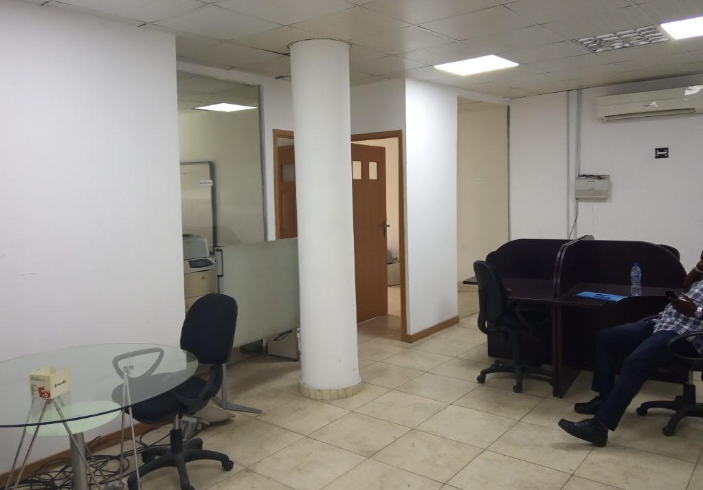 OFFICE SPACE WITH DEDICATED  PARKING SPACE FOR RENT IN   LAGOS ISLAND