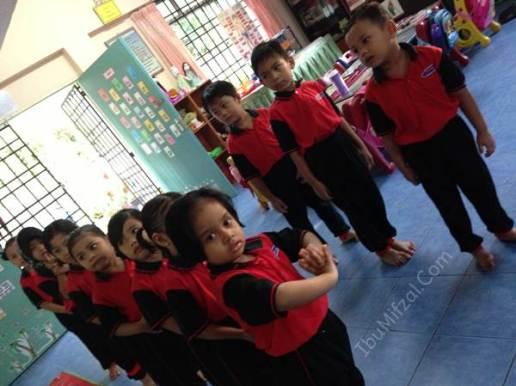 perhimpunan pagi di tadika kemas