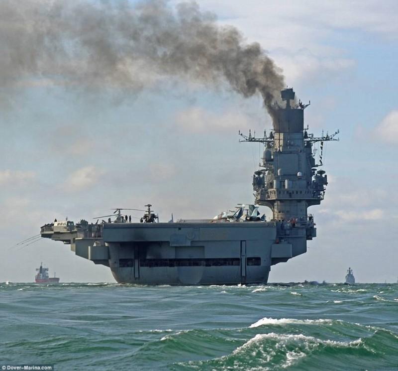 Image result for адмирал кузнецов авианосец дым