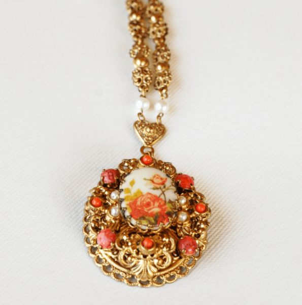 West Germany Flower Cameo Pendant 2 (1)