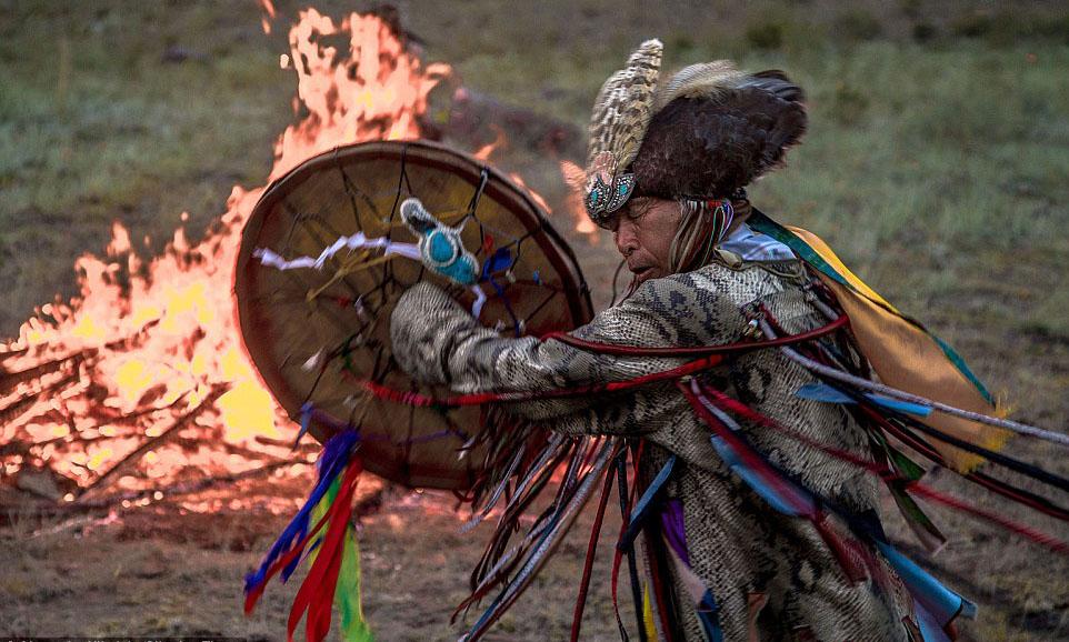 Сибирские шаманы: интересные факты. Вот чем они занимались