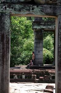 Preah Khan - Children Hanging Out