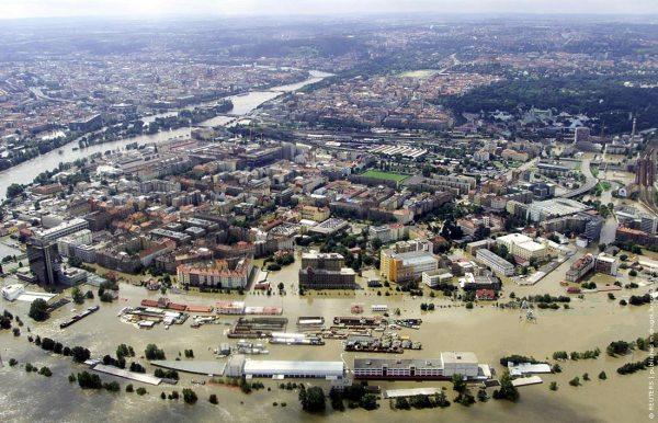 Угроза наводнения в Праге ФОТО ВИДЕО / Surfingbird знает ...