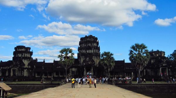 Angkor masuk