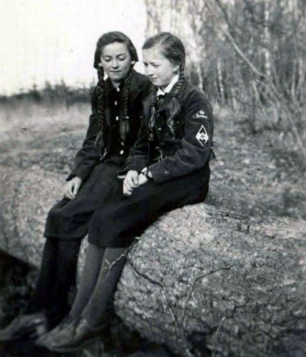 Девушки В Форме Немецкой Фото