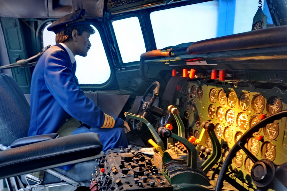Кабина самолета Douglas DC-7 в Датском музее науки и техники в Эльсиноре