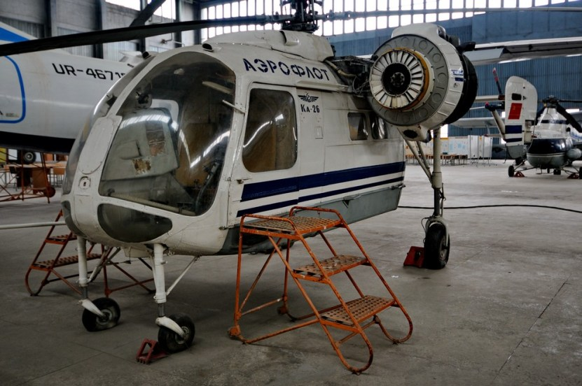 Ка-26 в учебном ангаре Киевского авиационного университета