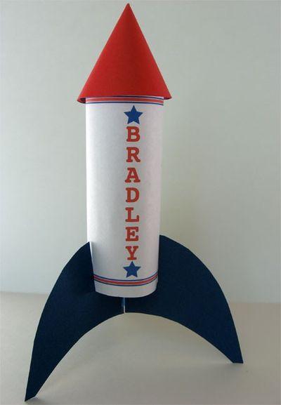 картинка ракеты из картона она