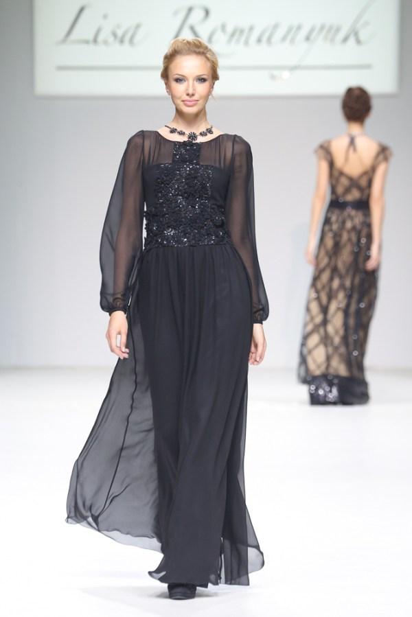 Вечерние платья в показе Lisa Romanyuk - Неделя Моды в Москве