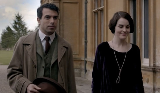 tony-visits-downton-abbey