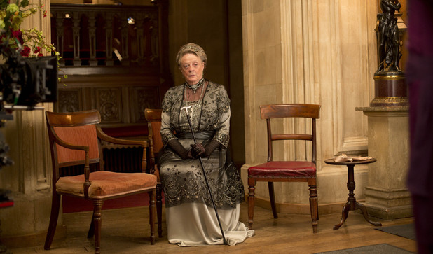uktv-downton-abbey-s04-e06-7