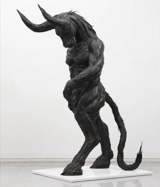 skulptury_iz_pokryshek_Koreya_09