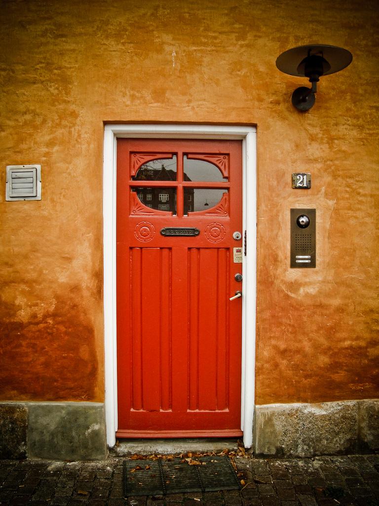 Дверь из Дании