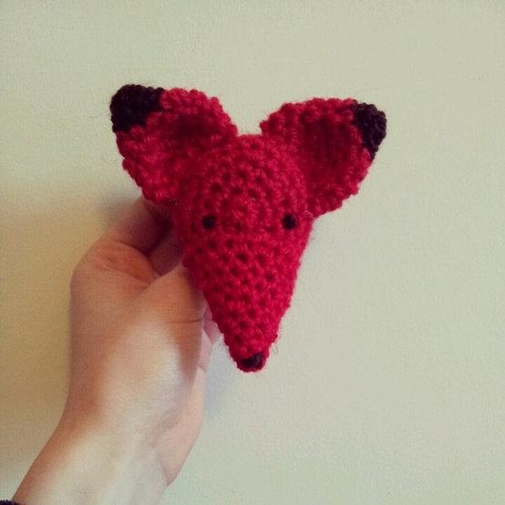 fox bunting red fox