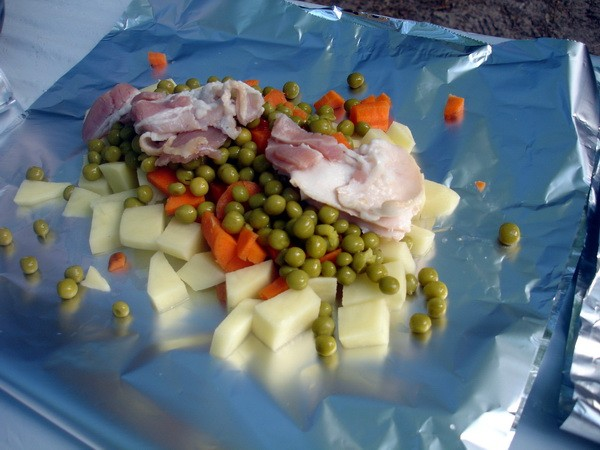 Camping Special Green peas and bacon