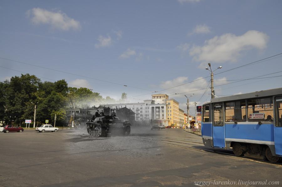 16.Smolensk 1941-2013 alemanes cañones autopropulsados en Plaza de la Victoria