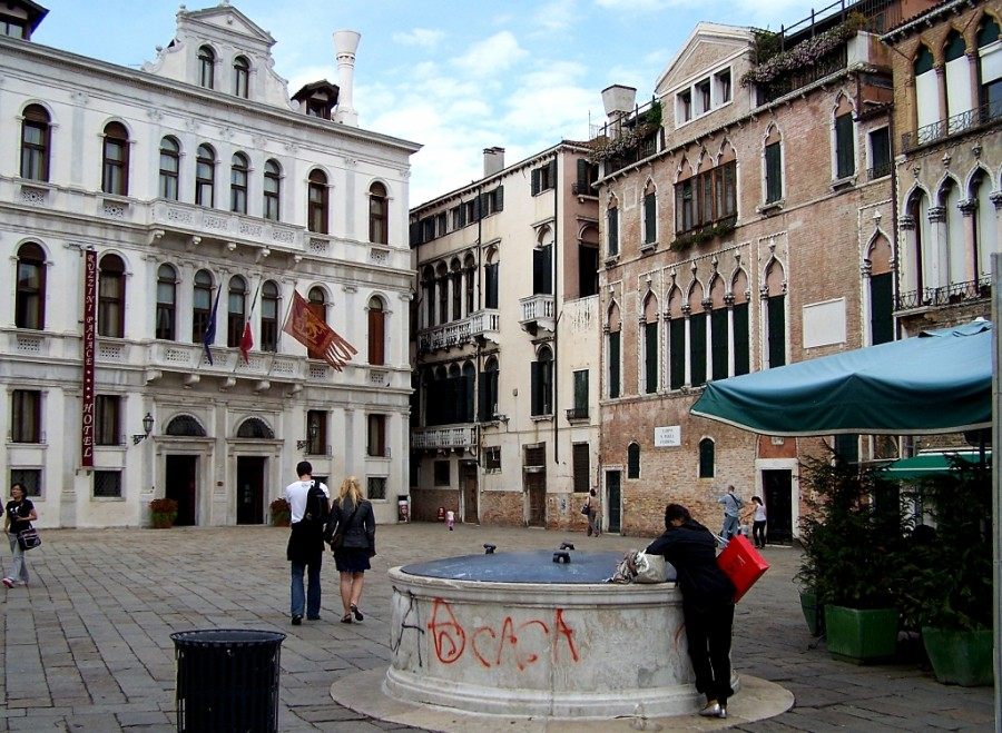 darbas iš namų pakuotės venecija