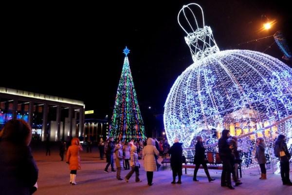 Коечто про некрасивый новогодний Минск репортаж