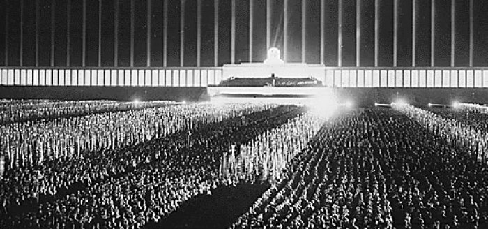 Нюрнберг 1940 Cathedral of Light by Albert Speer