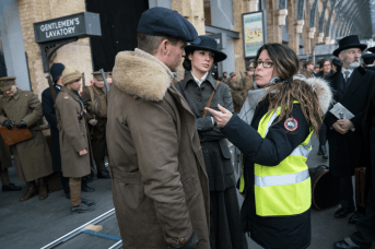 Patty Jenkins directs Chris Pine and Gal Gadot in WONDER WOMEN