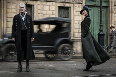 Johnny Depp and Poppy Corby-Tuech star in FANTASTIC BEASTS: THE CRIMES OF GRINDELWALD