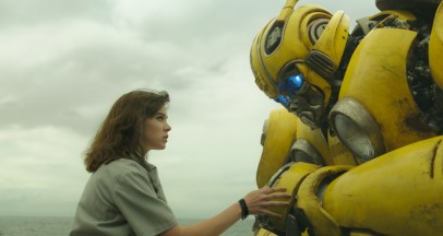 Hailee Steinfeld stars in the Transformers prequel BUMBLEBEE (2018)