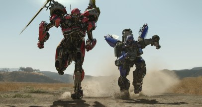 Two Transformers run in the Transformers prequel BUMBLEBEE (2018)