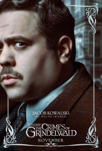 Dan Fogler as Jacob Kowalski in FANTASTIC BEASTS: THE CRIMES OF GRINDELWALD (2018)